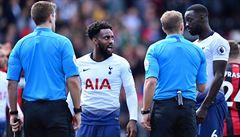 Dvě červené karty. Fotbalisté Tottenhamu prohráli v oslabení a mohou ztratit třetí příčku