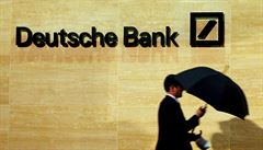Banka v úzkých se zvedá. Deutsche Bank překvapivě vrátila k zisku
