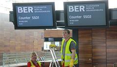 """Berlínské letiště se dlouhé roky nedaří otevřít, teď má další termín. Stačí odstranit """"jen"""" 11 tisíc závad"""