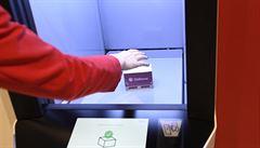 Výdejní boxy úspěšně konkurují rozvozu zásilek. Už jsou dokonce i na vesnicích
