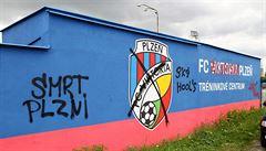 Fanoušci Slavie poničili tréninkový areál Plzně. 'Je to hnus, škodu zaplatím,' volá Tvrdík