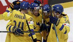 Švédové v závěru odmítli senzaci proti Lotyšsku, Italové se zachránili na úkor Rakouska
