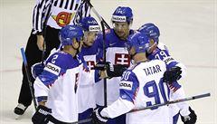Slovensko udrželo postupové naděje, vítězství nad Francií 6:3 řídil Pánik