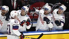 Finové mají jisté čtvrtfinále, norským hattrickem se blýskl obránce Bull