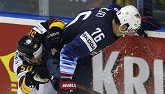 Američané definitivně zavřeli slovenskou cestu do čtvrtfinále. Finové zdolali Francii