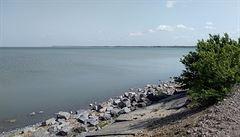 ,Domácí víno je tradice.' U hranic s Rumunskem vás překvapí ukrajinská jezera s hejnem pelikánů