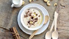 Co k snídani sladkého, ale zdravého? Vyzkoušejte 'krupicovou' kešu kaši