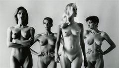 Žena se sedlem či autoportrét s nahou modelkou. Museum Kampa připravuje výstavu Helmuta Newtona