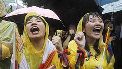 Na Tchaj-wanu byly oddány první dva homosexuální páry, dalších několik set má následovat