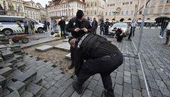Kontroverzní Mariánský sloup se zřejmě vrátí na Staroměstské náměstí. Loni jeho instalaci zabránila policie