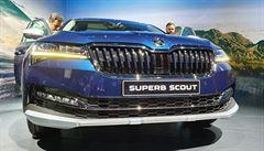 Inovovaný Superb: baterie u hybridu ubírají místo v kufru, novince Scout to velmi sluší