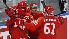 V souboji velmocí zvítězilo Rusko, Američany porazilo 4:3 a postupuje do semifinále