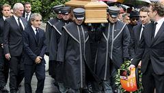OBRAZEM: Pohřeb Nikiho Laudy. Vzdát hold přišel úřadující mistr světa F1 i ti bývalí