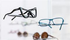 Extravagantní brýle? Manželská dvojice je tiskne obroučky na 3D tiskárně