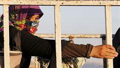 Islamisté se přiznali k zotročení a prodeji jezídských žen a dětí