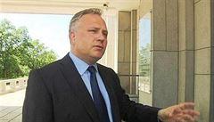 O odvolání šéfa vojenské hradní kanceláře rozhodne Zeman po osobním setkání