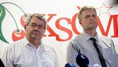 Je nepřijatelné, aby mzdy politikům vyjednávaly odbory, říká Filip. KSČM nechce vázat platy na minimální mzdu