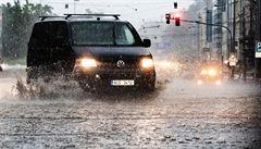 Morava se bojí dalších bouří. Vysoké teploty mohou už během čtvrtka vystřídat přívalové deště