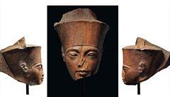 Egypt se snaží zabránit londýnské dražbě busty faraona Tutanchamona, prý byla ukradena