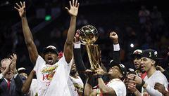 Basketbalisté Toronta slaví premiérový titul v NBA. Stali prvním vítězem soutěže, který nesídlí v USA