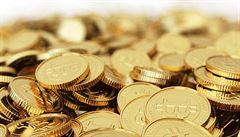 Cena bitcoinu přesáhla 15 000 dolarů. Růst doprovázejí obavy z bubliny