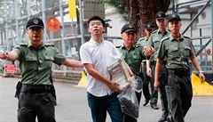 Hongkongský aktivista Wong byl odsouzen na 13,5 měsíce za loňskou protivládní demonstraci