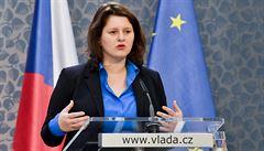Maláčová navrhuje snížení platů ústavních činitelů. Poslancům by mzda klesla o 22 tisíc korun