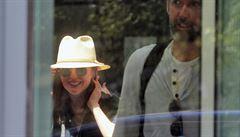 Do Karlových Varů přiletěla hlavní hvězda festivalu Julianne Mooreová. Dostane Křišťálový glóbus