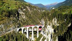 Rhétské dráhy aneb Vlakem za krásami Švýcarska