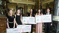Nositel Nobelovy ceny ocenil české studenty za výzkum v léčbě rakoviny i epilepsie