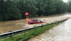 Washington zasáhly bleskové povodně. Voda pronikla i do tiskové místnosti ve sklepě Bílého domu