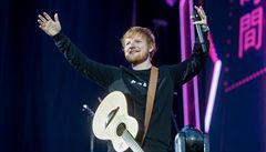 One man show ryšavého chlapce. Ed Sheeran věděl, na jakou strunu českého publika zahrát