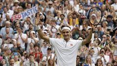 Federer vyhrál jubilejní 100. zápas ve Wimbledonu a zahraje si semifinále s Nadalem