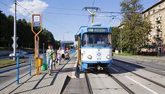 Kupte si svou tramvaj. Prodávají je v Ostravě, cena začíná na necelých 40 tisících