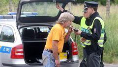 Policie obmění většinu alkohol testerů. Zaplatí za ně přes sto milionů korun