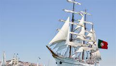 Jak snížit uhlíkovou stopu? Kosmetická firma přepravuje výrobky plachetnicí