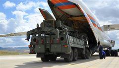 Turecko nasadí protiraketový systém S-400 do příštího jara. Erdogan: Cílem je společná produkce s Ruskem