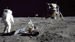 Přežili byste nouzové přistání na Měsíci s 15 předměty? Zkuste si unikátní test NASA