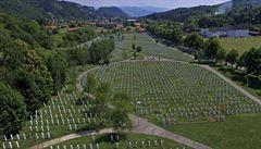 Bosna obvinila bývalého generála Savčice z podílu na masakru ve Srebrenici