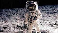 Američané se na Měsíc nevrátí, rozpočet s projektem nepočítá