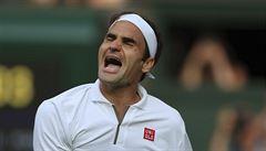 Federer udolal Nadala a zahraje si finále Wimbledonu s Djokovičem. Tam bude hrát i Strýcová