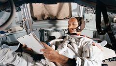Zemřel Michael Collins, zapomenutý muž z Apolla 11. Nikdy nevstoupil na Měsíc a bál se, že odletí sám