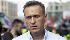 Stav Navalného se zlepšil, lékaři ho probudili z umělého spánku. Reaguje na slovní podněty