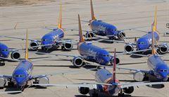 Boeingy 737 MAX by mohly opět vzlétnout už v polovině letošního roku