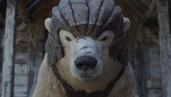 Jízda na obrněném ledním medvědovi. BBC chystá seriál podle knižní ságy Jeho temné esence