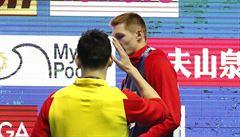 Kontroverzní Číňan vyhrál i na dvoustovce, další z medailistů mu ale nepodal ruku. Seemanová má účast na OH