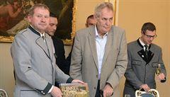 Soud vynese rozsudek v kauze Lesní správy Lány, Češi se opět utkají se Slováky a Babiš je v Portu