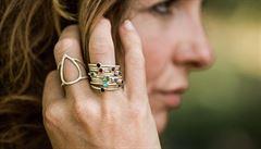 Recyklování je jediný možný způsob, nerostným bohatstvím se musí šetřit, říká šperkařka