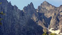 Norští záchranáři vyzvedli těla dvou českých horolezců, náročnou operaci zkomplikovala mlha