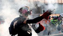 Hongkongský nejvyšší soud obnovil zákaz zakrývání tváře, policie ho může vymáhat během víkendových voleb